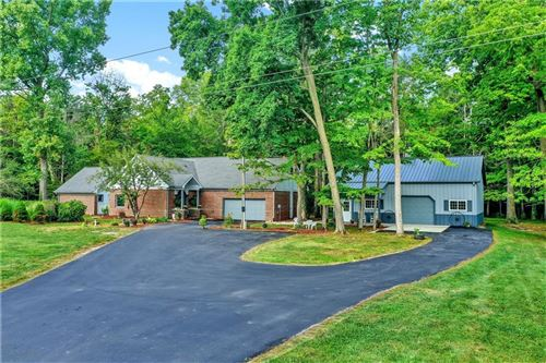 Photo of 8611 E 250 S, Zionsville, IN 46077 (MLS # 21801100)