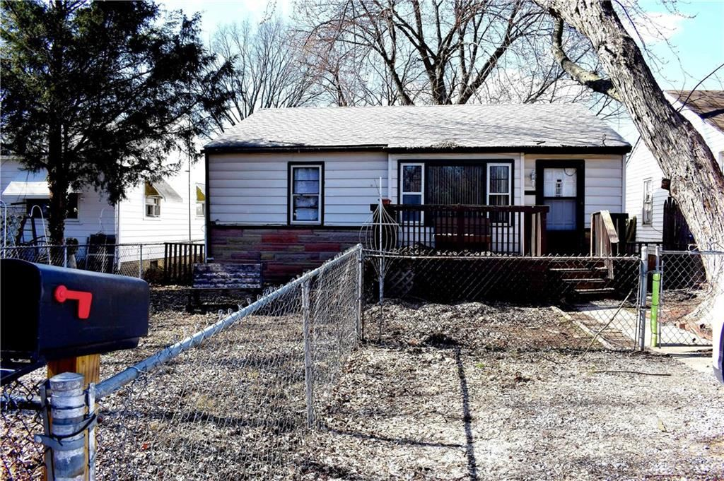2048 North Exeter Avenue, Indianapolis, IN 46222 - #: 21699101