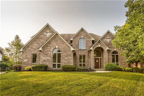 Photo of 7255 Lakeside Woods Drive, Indianapolis, IN 46278 (MLS # 21739107)