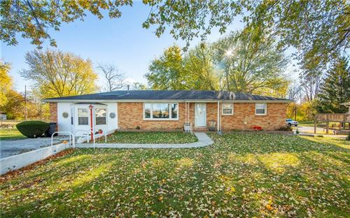 Photo of 670 North Pendleton Avenue, Pendleton, IN 46064 (MLS # 21749109)