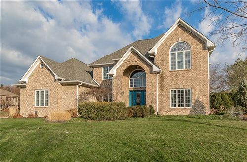 Photo of 10157 Woods Edge Drive, Fishers, IN 46037 (MLS # 21751109)