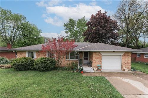 Photo of 7419 Hiner Lane, Indianapolis, IN 46219 (MLS # 21783110)