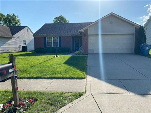 Photo of 7122 Oldham Drive, Indianapolis, IN 46221 (MLS # 21712114)