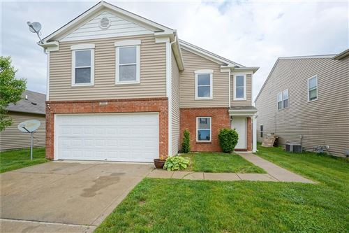 Photo of 2811 Wolfgang Way, Indianapolis, IN 46239 (MLS # 21715114)