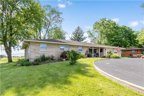 Photo of 10456 North STATE ROAD 267, Brownsburg, IN 46112 (MLS # 21715119)