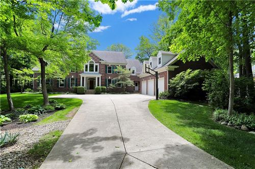 Photo of 10435 HICKORY RIDGE CT, Zionsville, IN 46077 (MLS # 21787121)