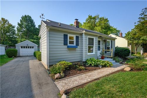 Photo of 1827 E 66th Street, Indianapolis, IN 46220 (MLS # 21813123)