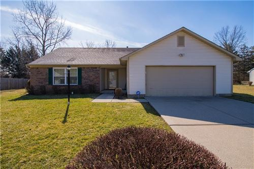 Photo of 8019 Christiana Way, Indianapolis, IN 46256 (MLS # 21696126)
