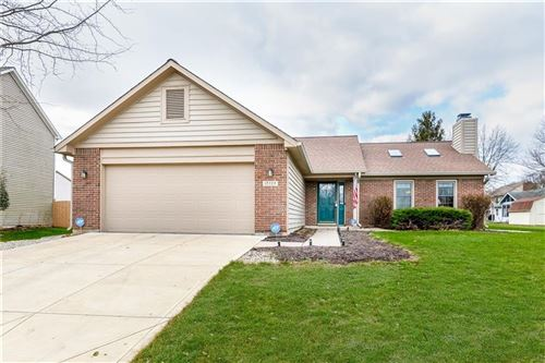 Photo of 10728 BRIAR STONE, Fishers, IN 46038 (MLS # 21685136)