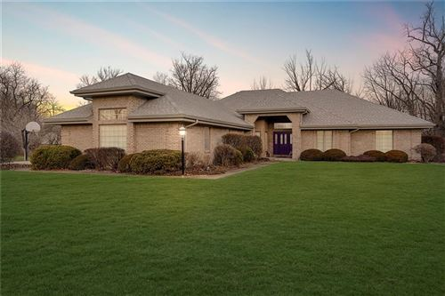 Photo of 1233 Fawn Ridge Court, Anderson, IN 46011 (MLS # 21691136)