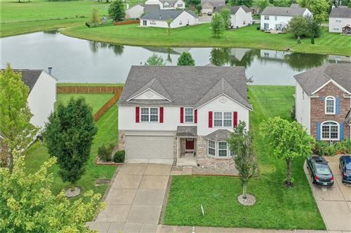 Photo of 7249 Bobcat Trail Drive, Indianapolis, IN 46237 (MLS # 21814139)