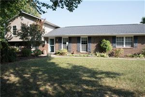 Photo of 426 South Sunblest, Fishers, IN 46038 (MLS # 21664140)