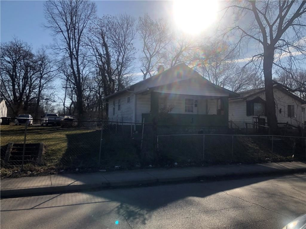 Photo of 2815 Adams Street, Indianapolis, IN 46218 (MLS # 21768140)