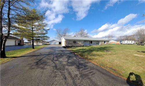 Photo of 2670 North 300 E, Greenfield, IN 46140 (MLS # 21752142)