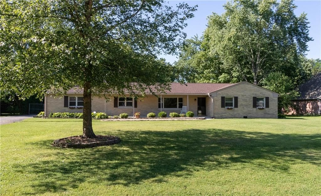 623 Golf Lane, Indianapolis, IN 46260 - #: 21730143