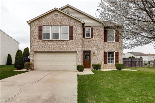 Photo of 5713 Woodland Trace Boulevard, Indianapolis, IN 46237 (MLS # 21703144)