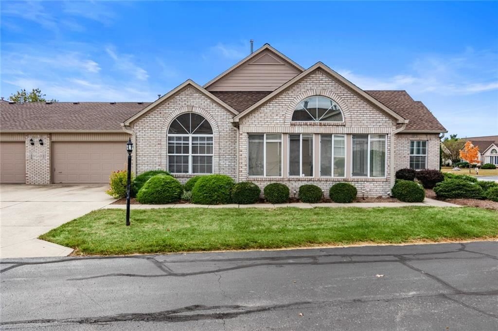 11527 WINDING WOOD Drive #5\/17, Indianapolis, IN 46235 - #: 21736144