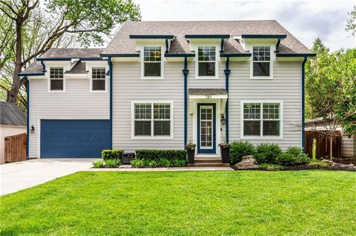 Photo of 721 Nottingham Court, Indianapolis, IN 46240 (MLS # 21782145)