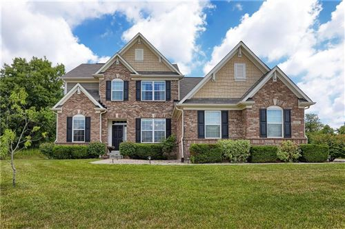 Photo of 1232 Colinbrook Circle, Greenwood, IN 46143 (MLS # 21739148)
