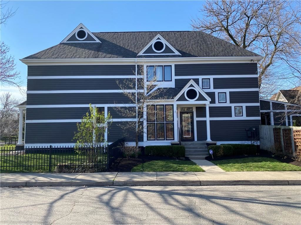 Photo of 417 East 15TH Street, Indianapolis, IN 46202 (MLS # 21775151)