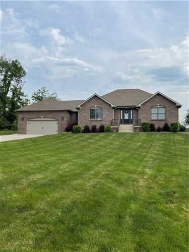 Photo of 1620 Fox Drive, Martinsville, IN 46151 (MLS # 21794153)