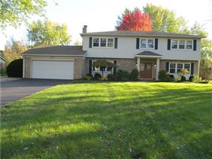 Photo of 1047 West 72nd, Indianapolis, IN 46260 (MLS # 21662154)