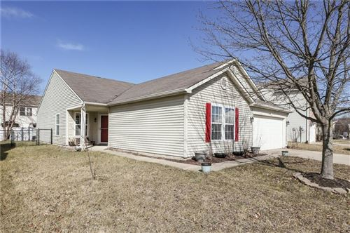 Photo of 5456 GRASSY BANK Drive, Indianapolis, IN 46237 (MLS # 21769154)