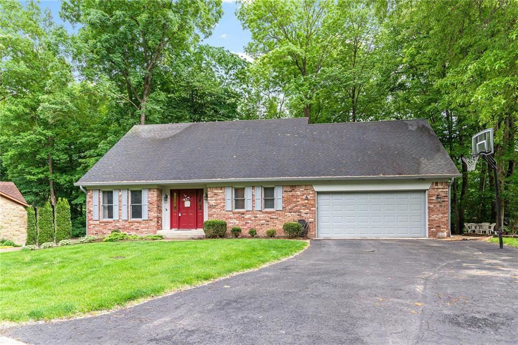8231 OSPREY Circle, Indianapolis, IN 46256 - #: 21715163