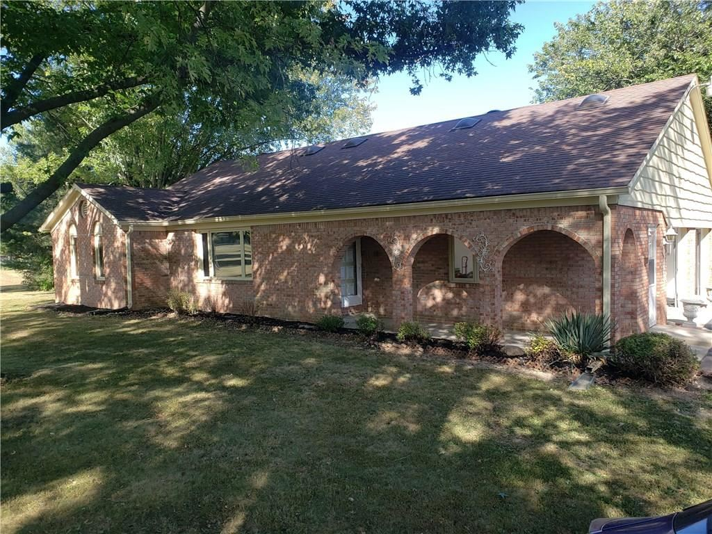 Photo of 8113 South ST RD 39, Clayton, IN 46118 (MLS # 21740167)