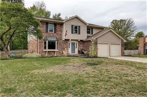 Photo of 30 WATERFORD, Zionsville, IN 46077 (MLS # 21675174)