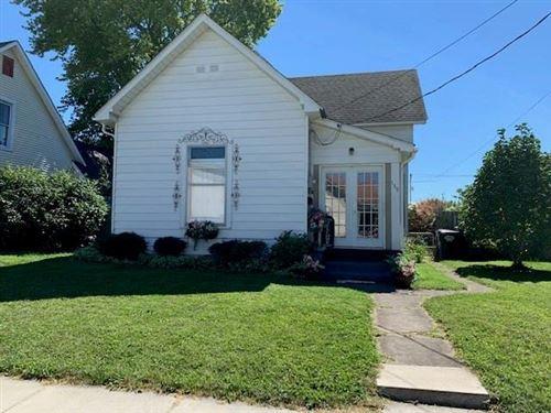 Photo of 139 East PEARL Street, Greenwood, IN 46143 (MLS # 21737174)