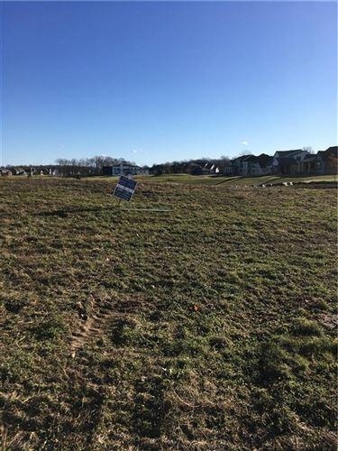 Photo of 20431 Chatham Hills Blvd, Westfield, IN 46074 (MLS # 21684175)