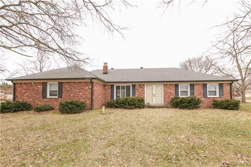 Photo of 7854 Hickory Road, Brownsburg, IN 46112 (MLS # 21698176)