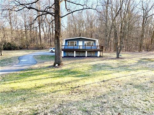 Photo of 845 West Bauer Drive, Nineveh, IN 46164 (MLS # 21699178)