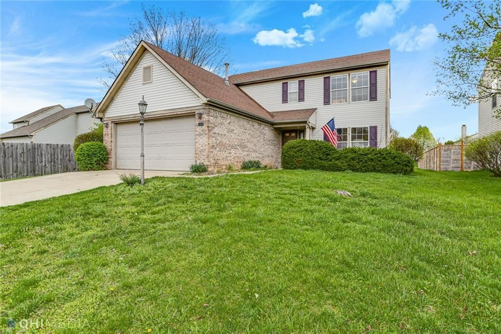 Photo of 5951 Tybalt Lane, Indianapolis, IN 46254 (MLS # 21777179)