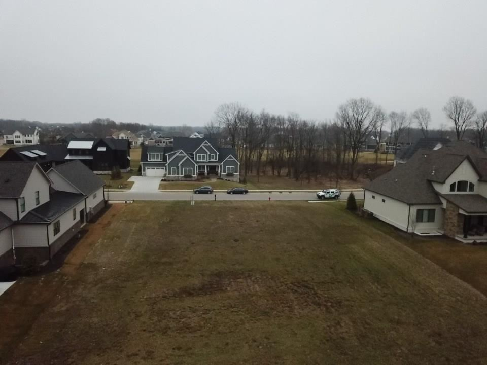 Photo of 141 Chatham Hills Boulevard, Westfield, IN 46074 (MLS # 21687181)