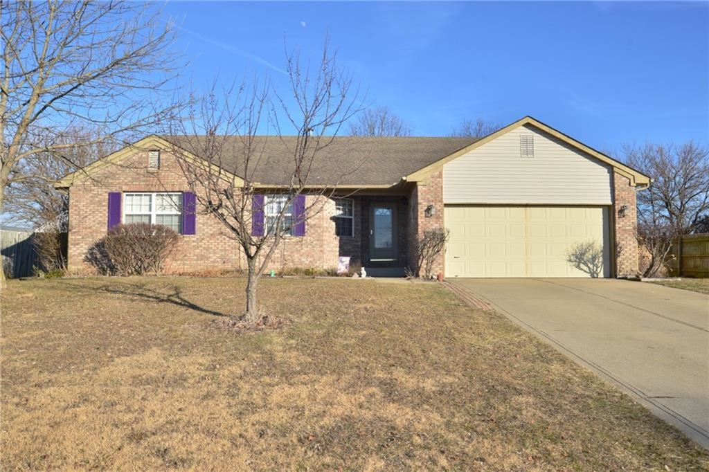 Photo of 683 Clydesdale Lane, Bargersville, IN 46106 (MLS # 21763181)