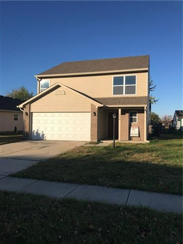 Photo of 224 Harts Ford Way, Brownsburg, IN 46112 (MLS # 21751183)
