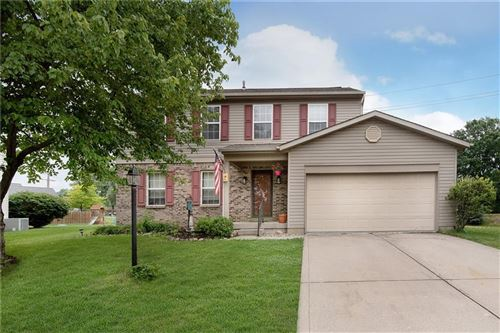 Photo of 857 Country Walk Court, Brownsburg, IN 46112 (MLS # 21794184)
