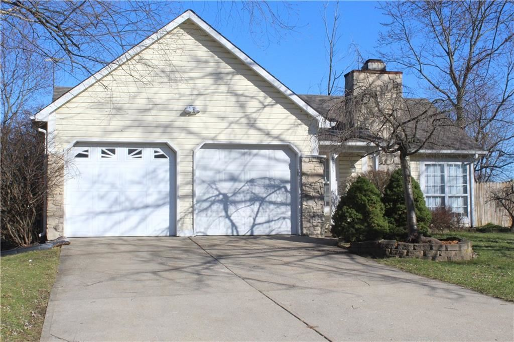 8805 KNOTTY PINE Court, Indianapolis, IN 46227 - #: 21685186