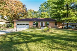 Photo of 1006 Birnam Woods, Indianapolis, IN 46280 (MLS # 21675193)