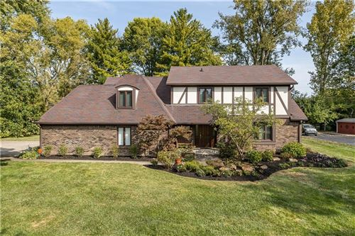 Photo of 440 OAKWOOD Drive, Indianapolis, IN 46260 (MLS # 21742194)