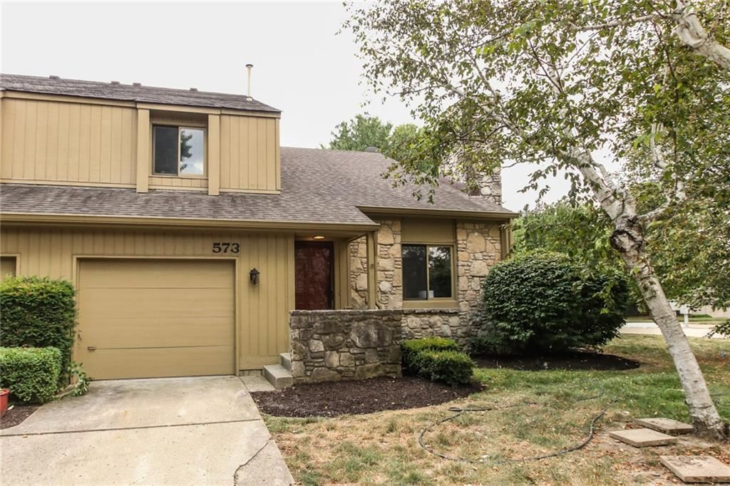 Photo of 573 Conner Creek, Fishers, IN 46038 (MLS # 21660197)