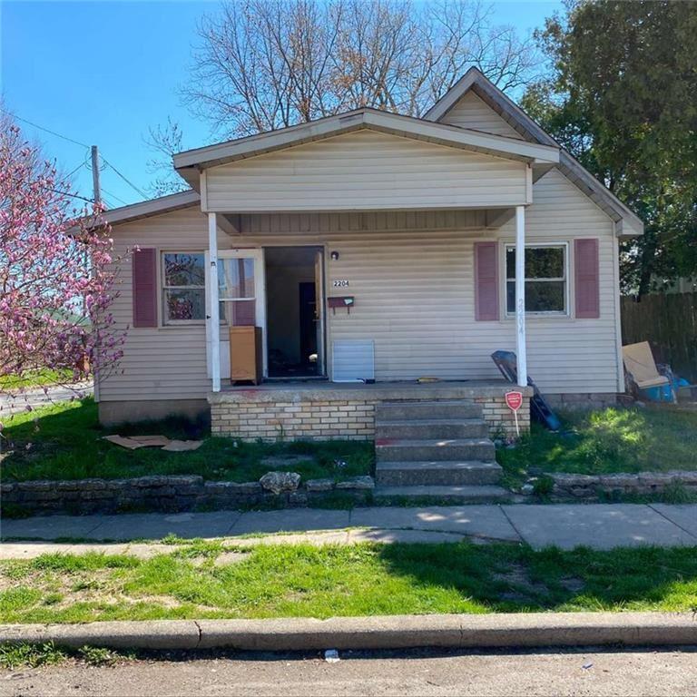 2204 East Lynn Street, Anderson, IN 46016 - #: 21739199