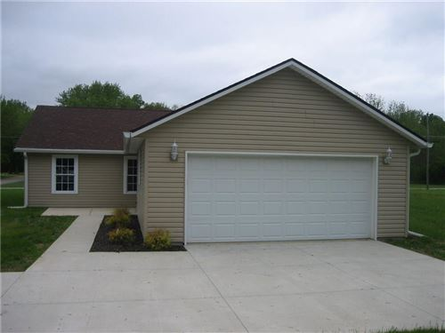 Photo of 2902 Betula, Anderson, IN 46011 (MLS # 21712201)