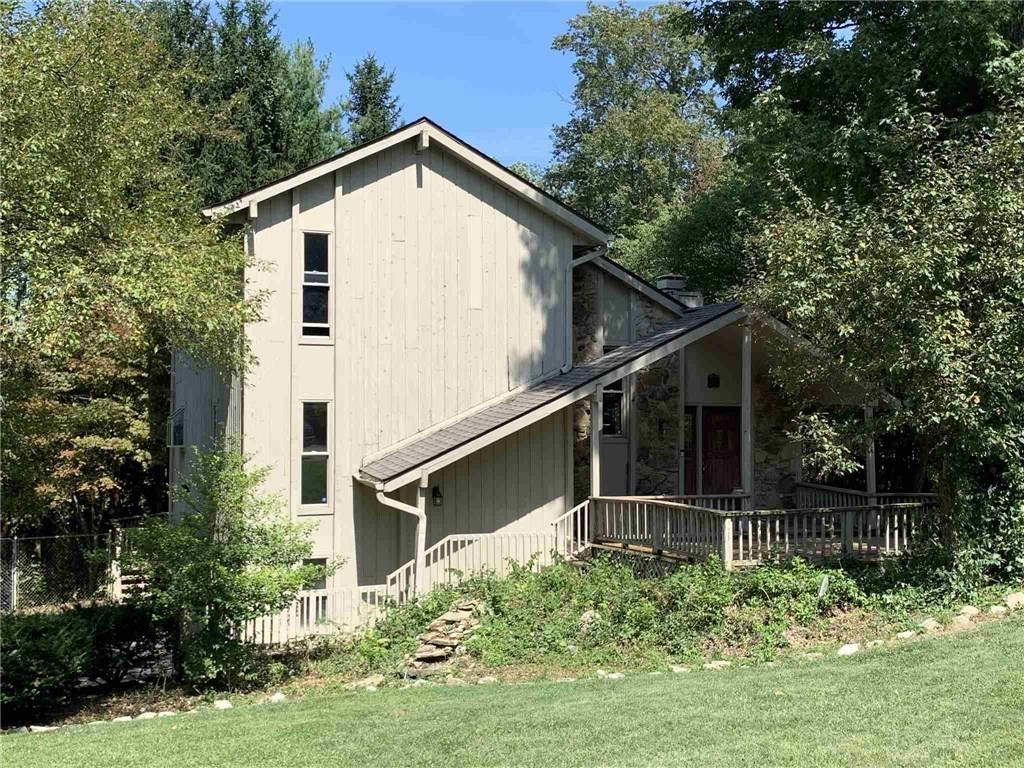202 Holly Lane, New Castle, IN 47362 - #: 21740201