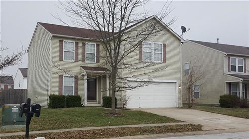 Photo of 5423 Floating Leaf Drive, Indianapolis, IN 46237 (MLS # 21691204)