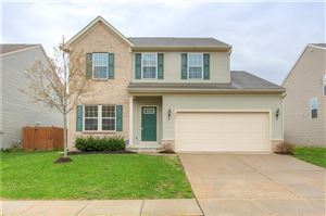 Photo of 2907 Treehouse, Greenwood, IN 46143 (MLS # 21635207)
