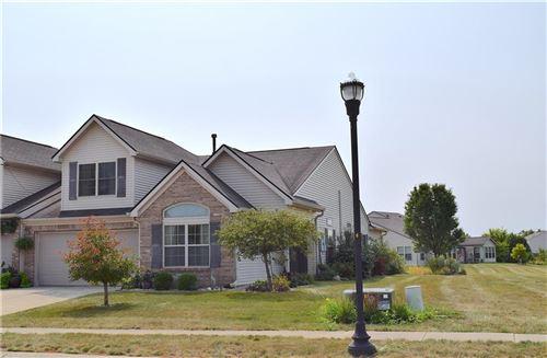 Photo of 845 Heartland Lane, Brownsburg, IN 46112 (MLS # 21739208)
