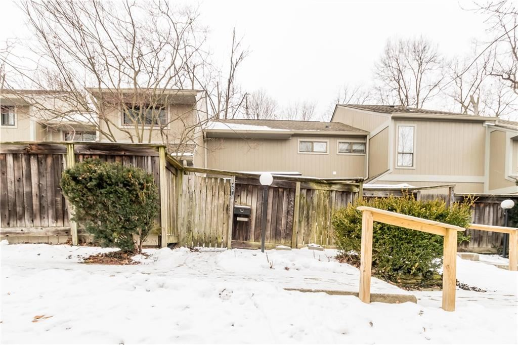 Photo of 4238 North Foxglove Trace Trace, Indianapolis, IN 46237 (MLS # 21765208)